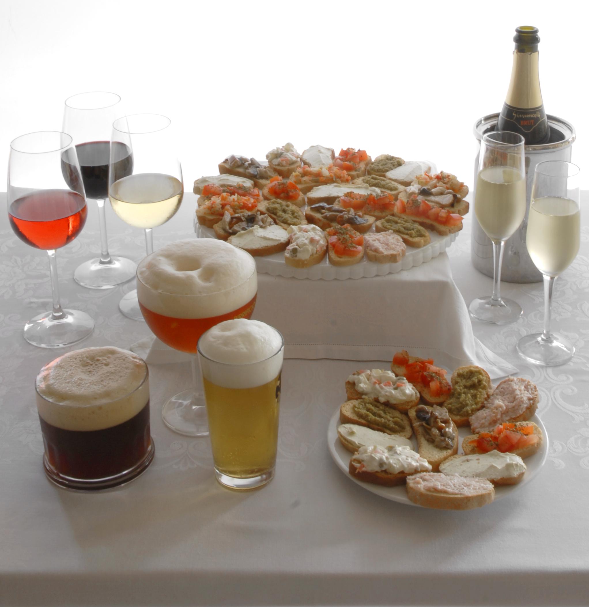 La Papperia prodotti tipici Alzate Brianza ( COMO )aperitivo vino birra artigianale km 0 tartine crostini