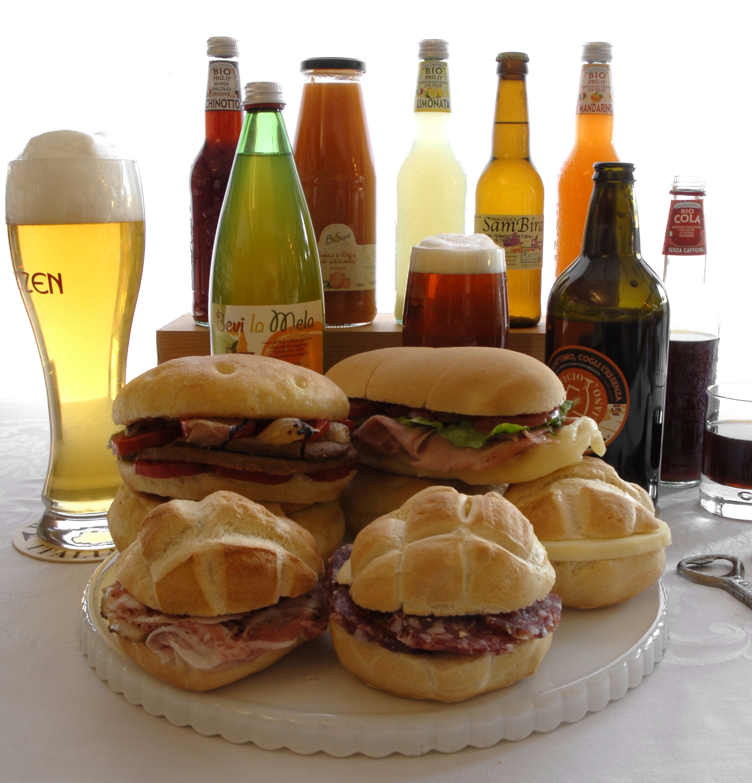 La Papperia prodotti tipici Alzate Brianza ( COMO ) michette farcite panini caldi focacce imbottite