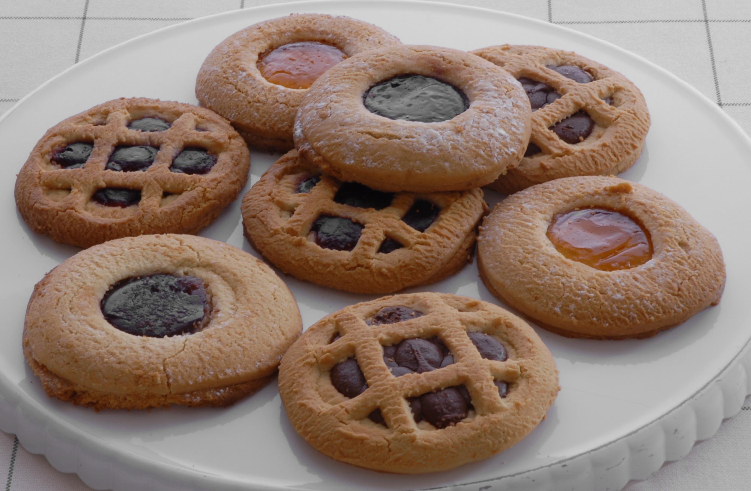 La Papperia prodotti tipici Alzate brianza ( COMO ) crostatine occhio di bue al farro